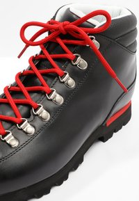 Scarpa - PRIMITIVE UNISEX - Outdoorschoenen - black - 5