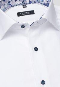 Eterna - COMFORT FIT - Shirt - white - 5