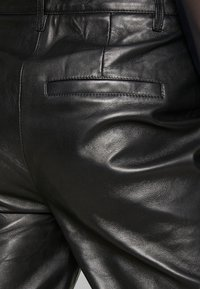 Object - OBJTIFANNY PANTS  - Lederhose - black - 4