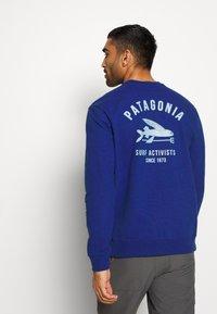 Patagonia - SURF ACTIVISTS UPRISAL CREW  - Sweatshirt - superior blue - 2