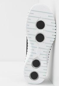 Skechers Performance - GO WALK SMART - Sportieve wandelschoenen - black/white - 4