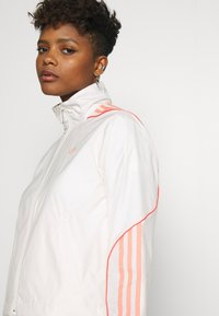 adidas Originals - FAKTEN SPORT INSPIRED TRACK TOP - Training jacket - chalk white - 3