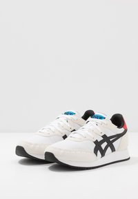 ASICS SportStyle - TARTHER - Trainers - white/black - 2