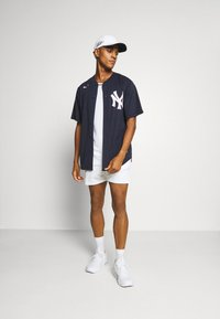 Nike Performance - MLB NEW YORK YANKEES OFFICIAL REPLICA HOME - Artykuły klubowe - team dark navy - 1