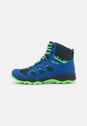 KIDS FEMUND WINTER UNISEX - Chaussures de marche - navy/green