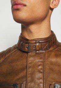 Belstaff - WEYBRIDGE JACKET - Leather jacket - burnished gold - 4