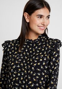 Aaiko - FRANCE FLOWER - Blouse - black - 3