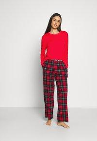 DKNY Intimates - SLEEP TOP - Pyjama top - ruby - 1