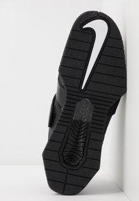 Nike Performance - Treningssko - black/white - 5