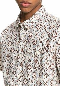 Quiksilver - BAJA  - Shirt - antique white baja blues - 2