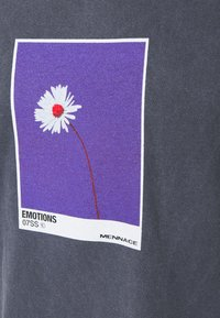 Mennace - MENNACE SUNDAZE EMOTIONS REGULAR - Camiseta estampada - blue - 2