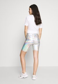 American Eagle - IRIDESCENT  - Shorts - silver - 2