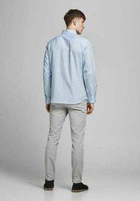 Jack & Jones PREMIUM - Formal shirt - light blue - 2