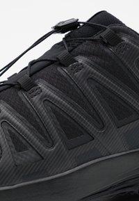 Salomon - XA PRO 3D GTX - Obuwie do biegania Szlak - black - 5