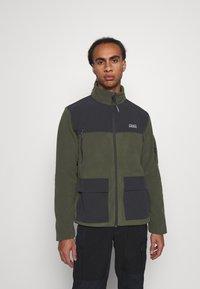 Quiksilver - LOST LATITUDE - Fleece jacket - forest night - 0