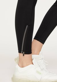 OYSHO - Leggings - black - 5