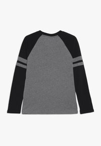 Abercrombie & Fitch - FOOTBALL TEE - Langærmede T-shirts - grey/black - 1