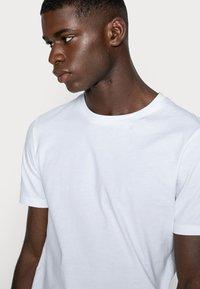 Jack & Jones - Basic T-shirt - white - 4