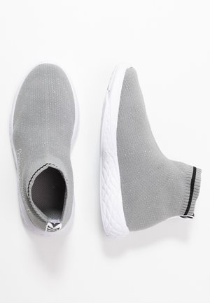 TERRAFLY SOCK RUNNER  - High-top trainers - silver
