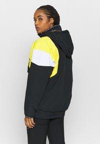 DC Shoes - TRANSITION REVERSIBLE ANORAK - Snowboard jacket - black - 2