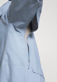 Salomon - OUTPEAK SHELL - Ski jacket - ashley blue - 3
