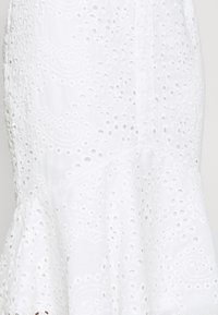 Missguided Petite - BRODERIE FRILL MIDI SKIRT - A-Linien-Rock - white - 5