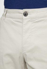 Selected Homme - SLHSTRAIGHT PARIS - Shorts - moonstruck - 3