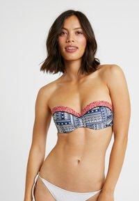 s.Oliver - WIRE BANDEAU - Bikini top - blue/red - 3