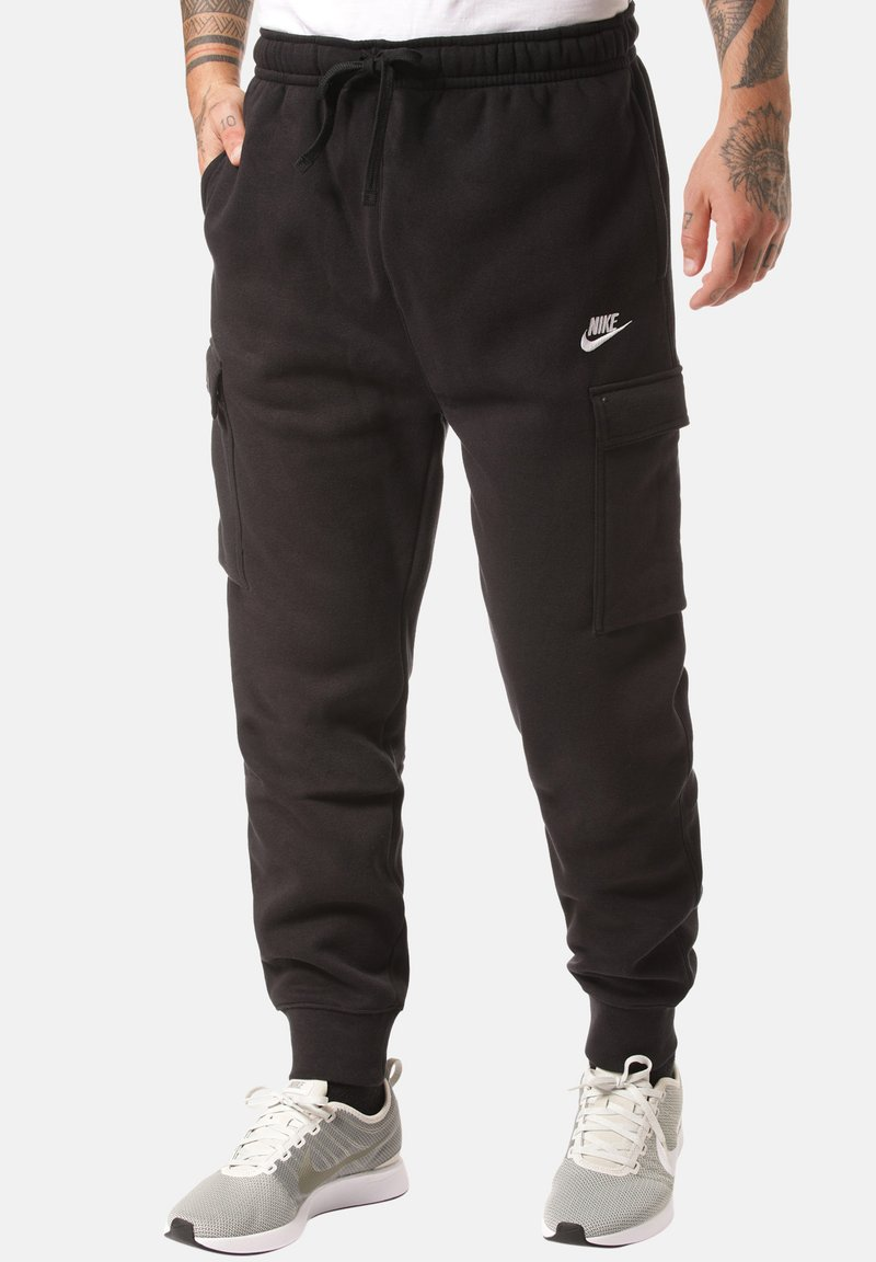 Nike Sportswear - CLUB PANT - Pantalones cargo - black