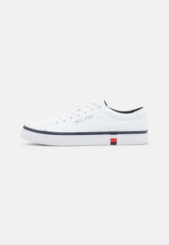 CORPORATE MODERN - Sneakers laag - white