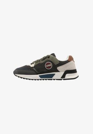 DALTON CROSS - Sneakers laag - grey/green/black