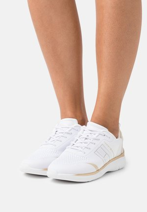 LIGHT  - Trainers - white