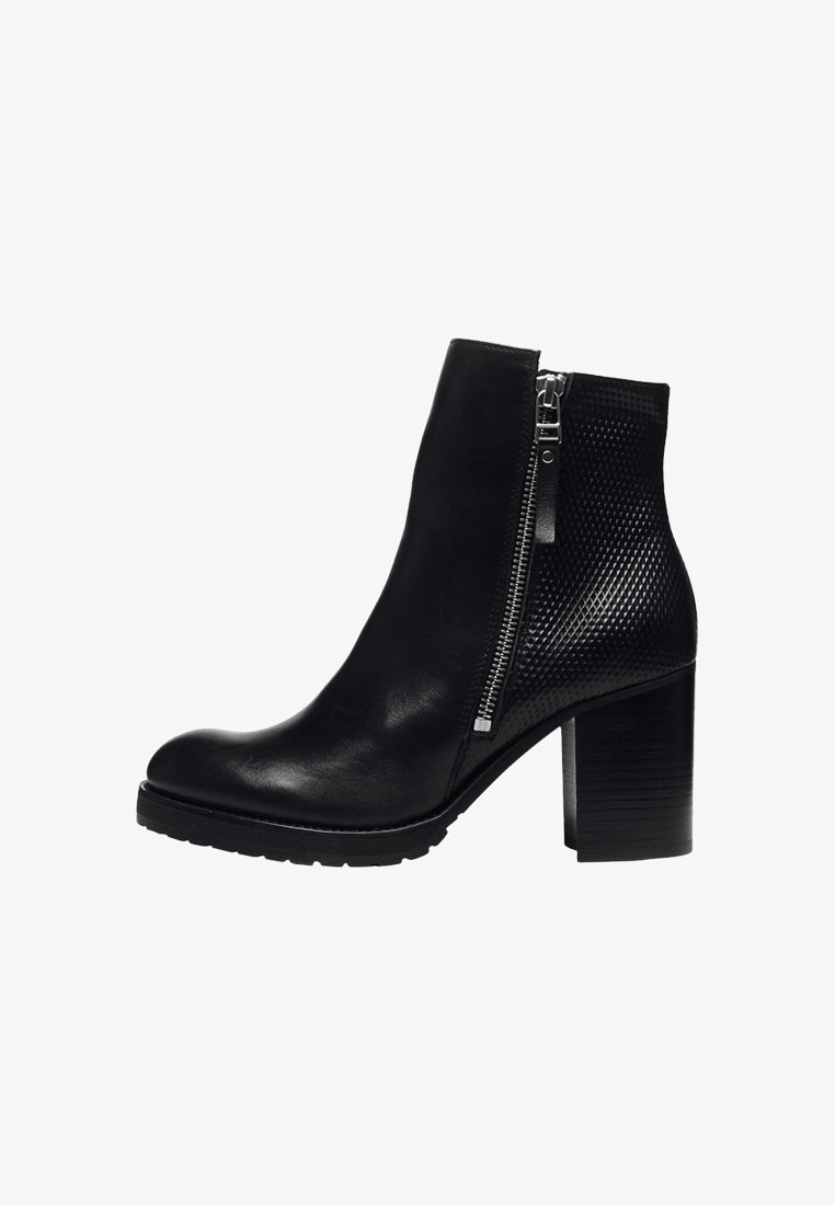 Manfield - High heeled ankle boots - black