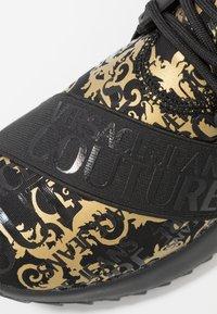 Versace Jeans Couture - Joggesko - multicolor - 2