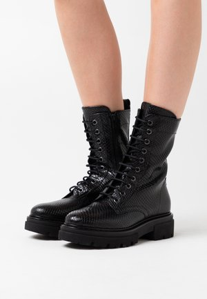 UNDER - Bottines à plateau - black