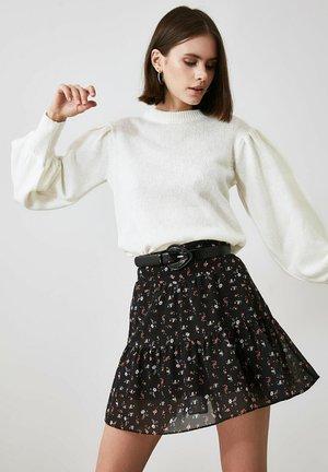 Mini skirt - burgundy