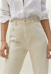 Massimo Dutti - Straight leg jeans - beige - 2