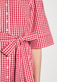 byTiMo - CHECKS KITCHEN DRESS - Shirt dress - red - 6