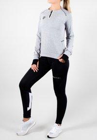 MOROTAI - T-shirt sportiva - light grey - 0