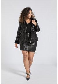 SPG Woman - Imitatieleren jas - black - 1