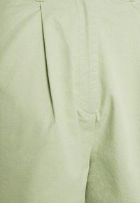 Monki - NIMMI SHORTS - Shorts - green - 2