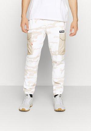 FIELD ROC™ BACKBOWL™ PANT - Pantalon de survêtement - sea salt roc fields
