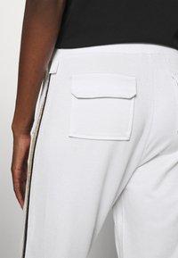 Liu Jo Jeans - PANT - Trousers - bianco/silver - 4