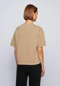 BOSS - EVINA ACTIVE - T-shirt con stampa - light brown - 2