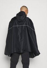 Vaude - VALDIPINO PONCHO - Waterproof jacket - black - 2