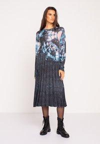 Ivko - PRINTED DRESS  BATIK PATTERN - Jumper dress - dark grey - 0