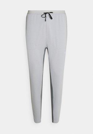 ELITE PANT - Träningsbyxor - light smoke grey/smoke grey/reflective silver
