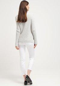 MAC Jeans - Dream Summer - Jeans slim fit - white - 2
