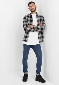 Only & Sons - ONSGUDMUND CHECKED - Shirt - griffin - 1