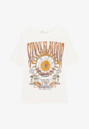MIT SONNE IM RETROLOOK - Print T-shirt - light blue